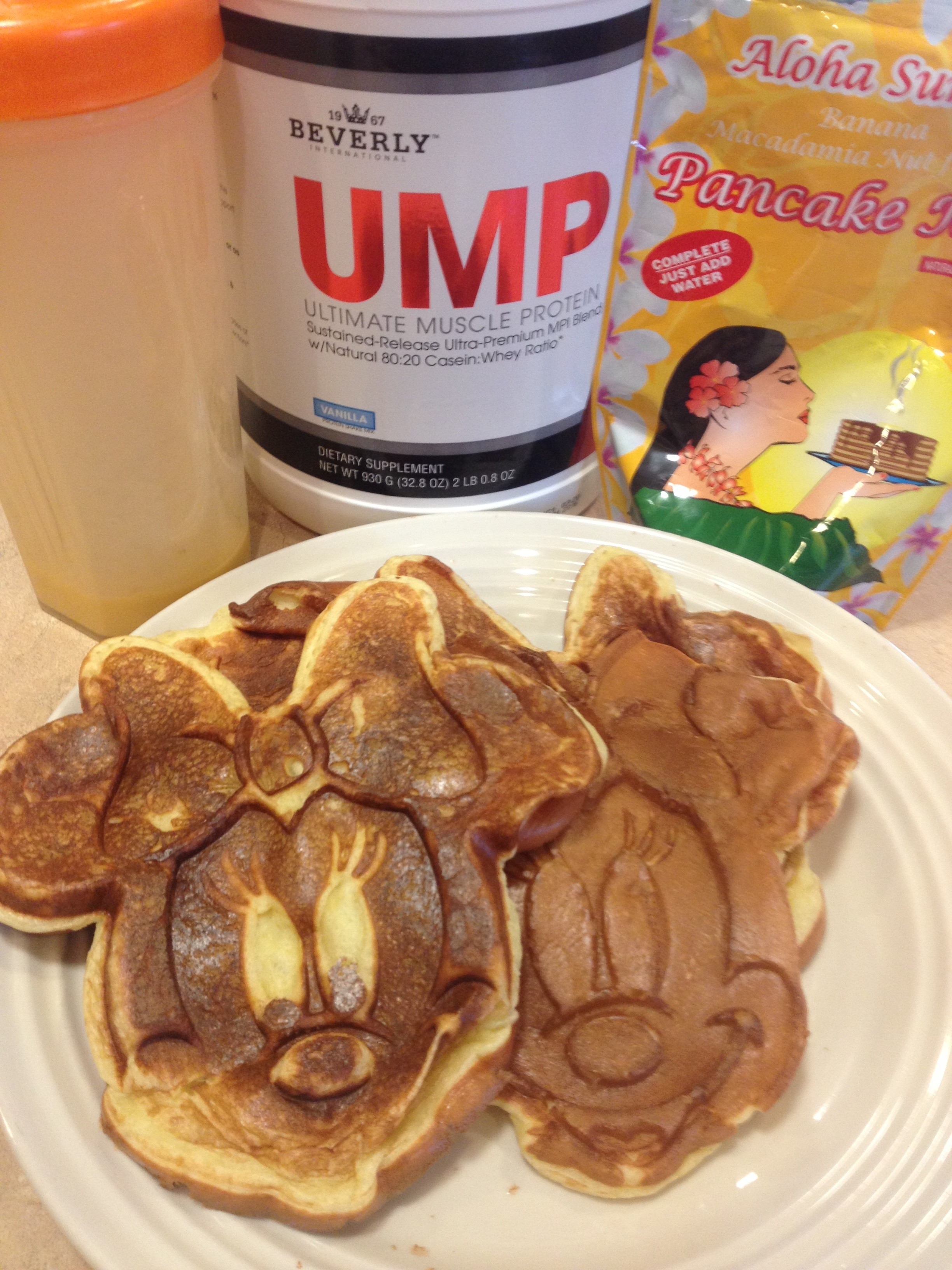 Protein pancake recipe eat by color combine some regular pancake mix with and egg and protein powder better yet make a few dozen and freeze them to eat later ccuart Choice Image